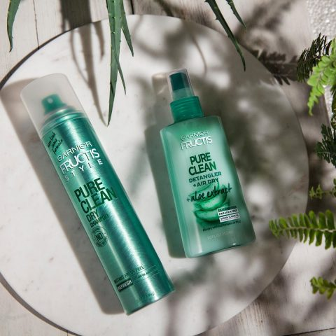 What Makes My Hair Care Easier? It's Garnier Fructis Pure Clean Detangler + Air Dry