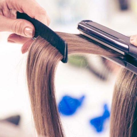 Let's Use Flat Irons Reasonably! Right Hair Care Tips for Straightener-Users